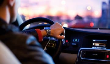 How to Fix Your Car's Airbag Light Before Driving Your Car